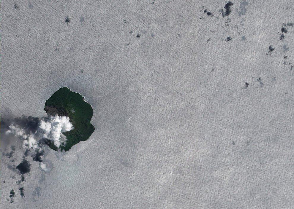 Тинакула — это небольшой, вулканический остров