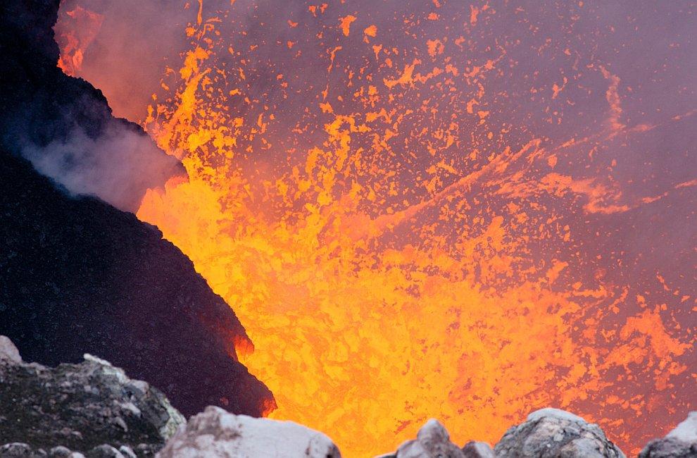 Лава с гавайского вулкана Килауэа