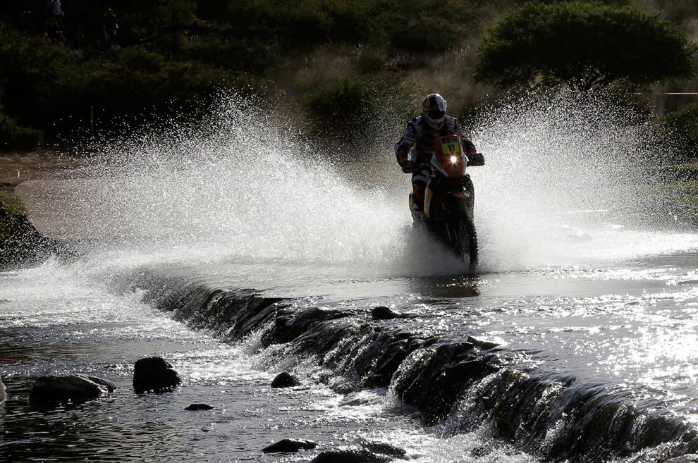 Португалец Рубен Фариа на мотоцикле