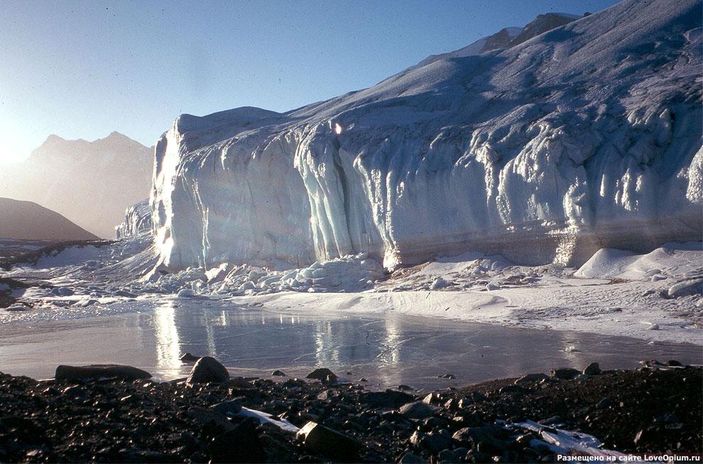 Ледник на долине Райта
