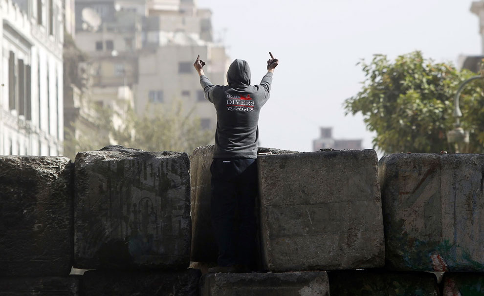 На баррикадах у площади Тахрир в Каире
