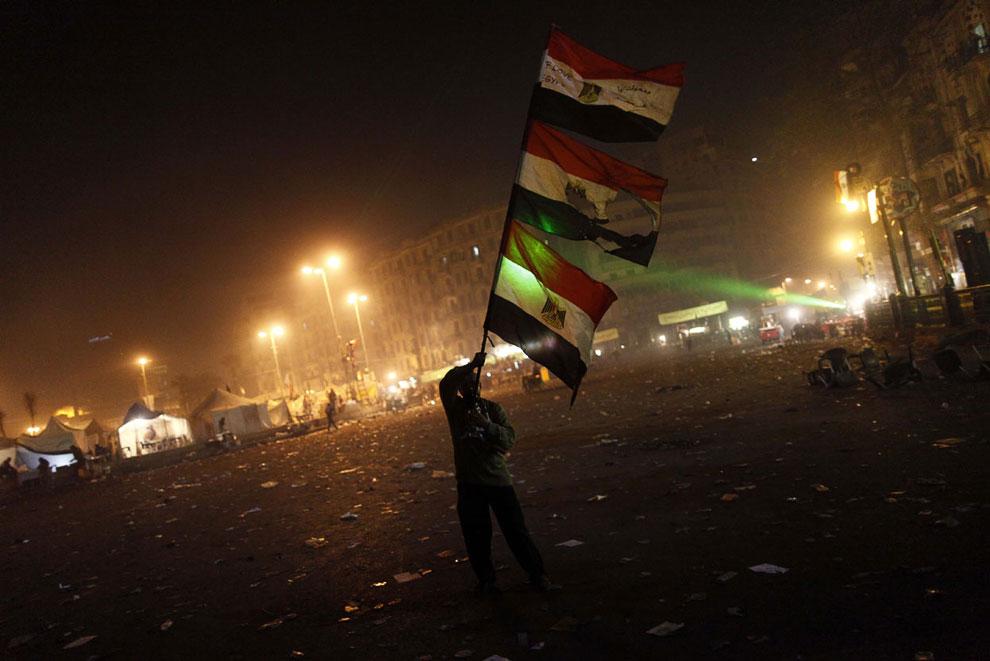 Площадь Тахрир ночью 25 января 2012