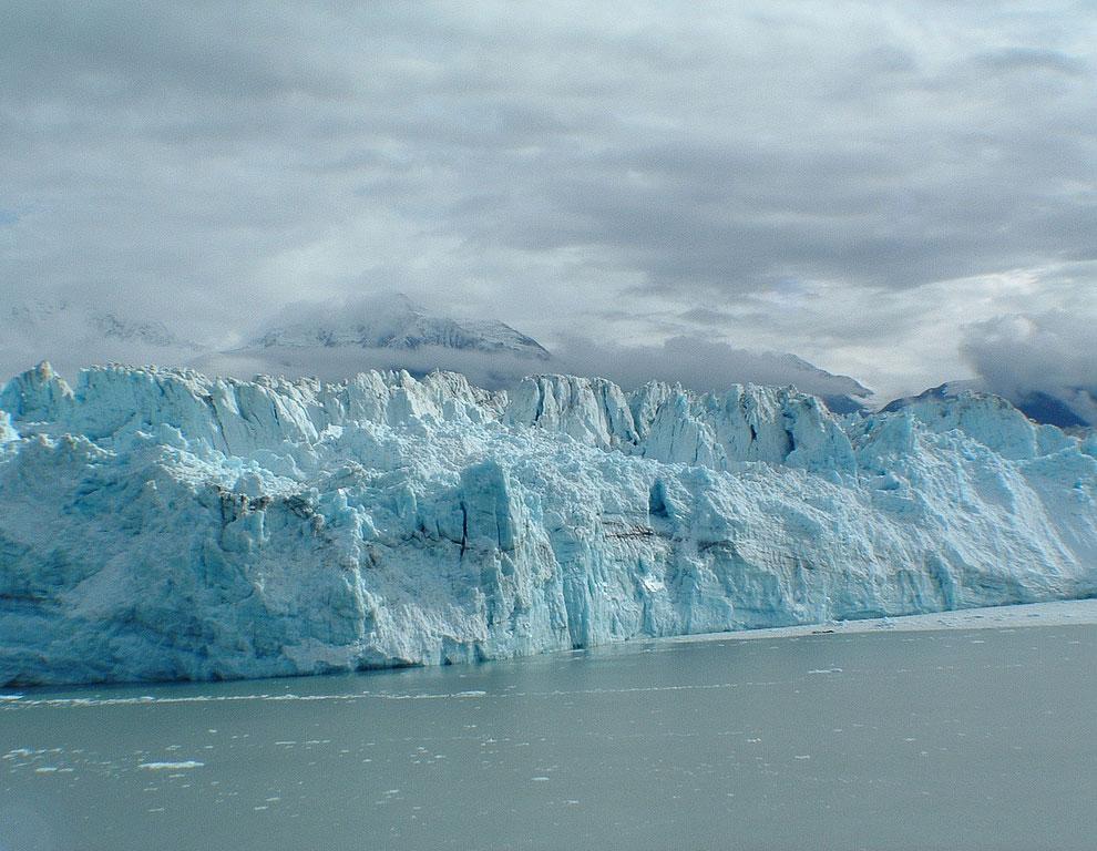 Ледник Хаббард — растущий ледник