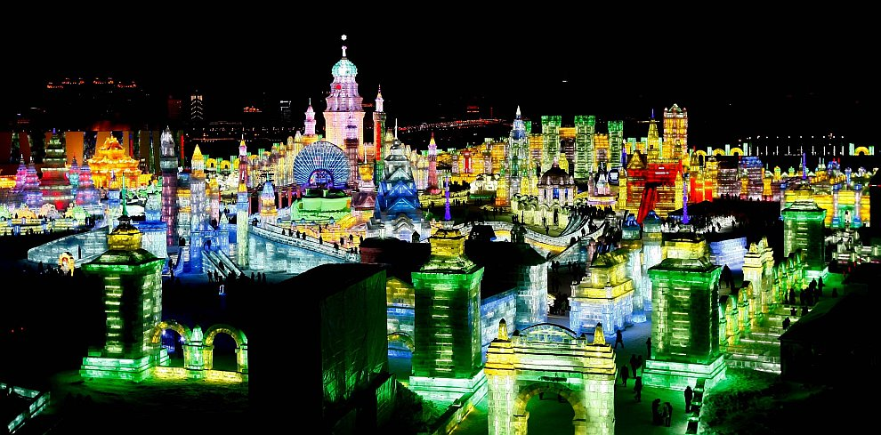 Панорама фестиваля в Харбине