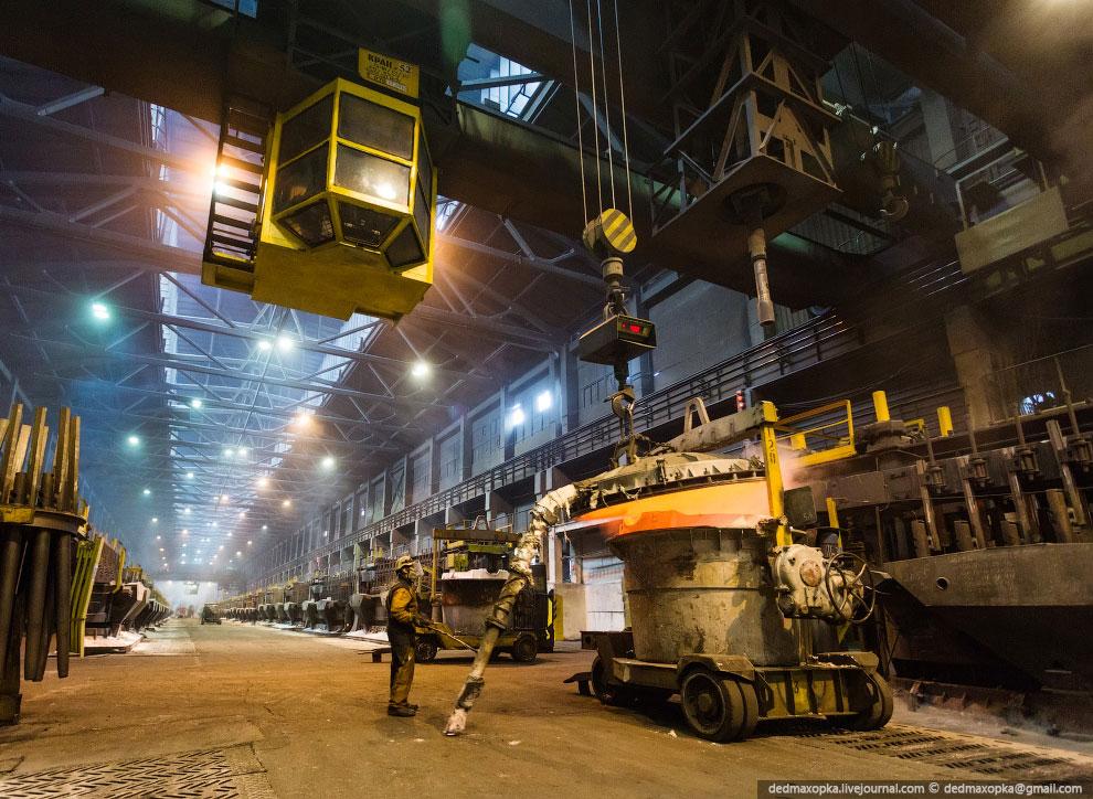 Вакуумные ковши могут забрать за один раз от 3 до 5 тонн горячего металла