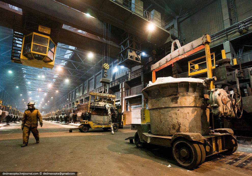 Суточная производительность завода — 2 725 тонн