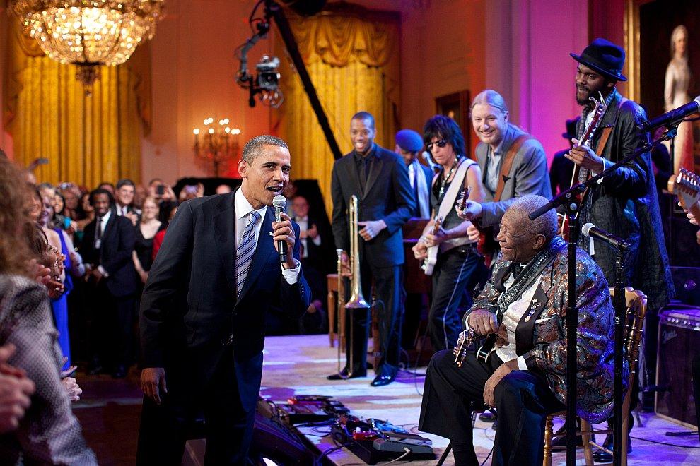 На концерте знаменитого американского блюзового гитариста Би Би Кинга