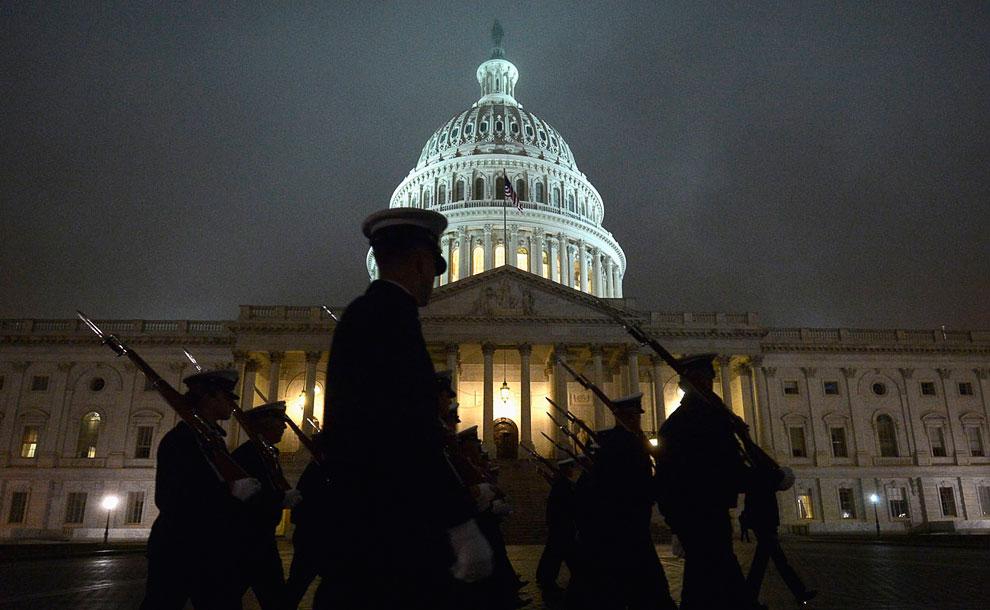 Очередная ночная репетиция у Капитолия в Вашингтоне