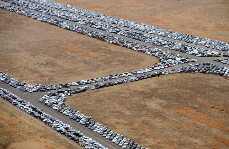 Ураган Сэнди повредил 230 000 автомобилей