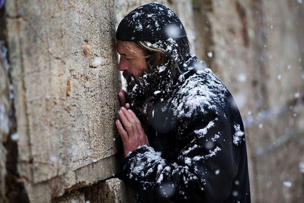 У Стены Плача в Старом городе Иерусалима
