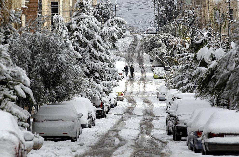 Снежные пейзажи из Аммана, Иордания