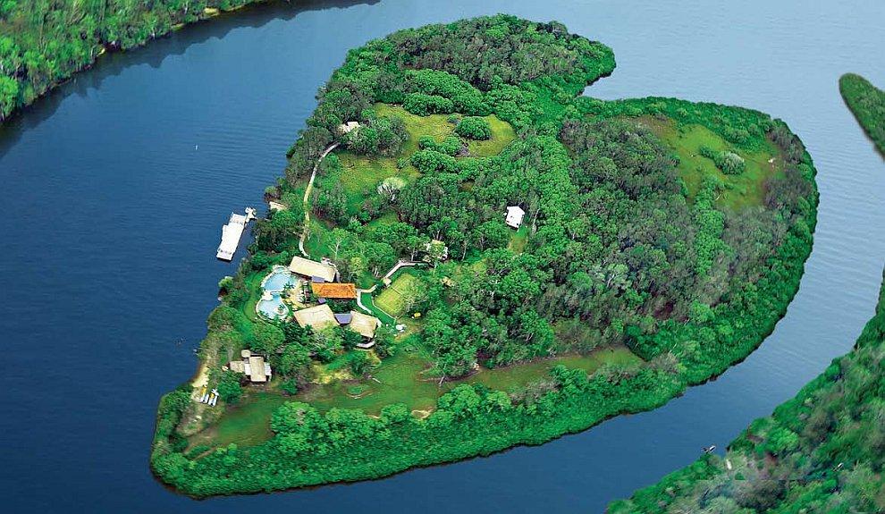Частный остров с виллой и бассейном в Квинсленде, Австралия