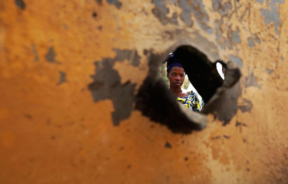 Пулевое отверстие в автомобиле повстанцев-туарегов