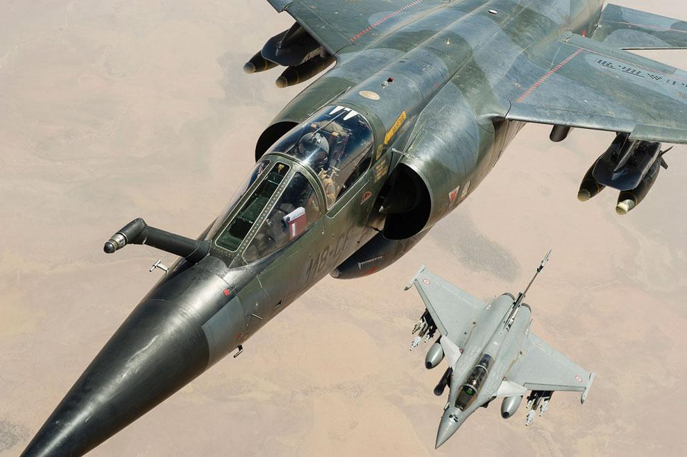 Французские самолеты «Мираж» и «Rafale Jet Fighter» над Мали