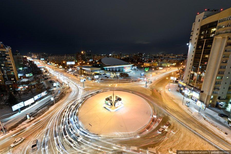 Площадь Лунинцев