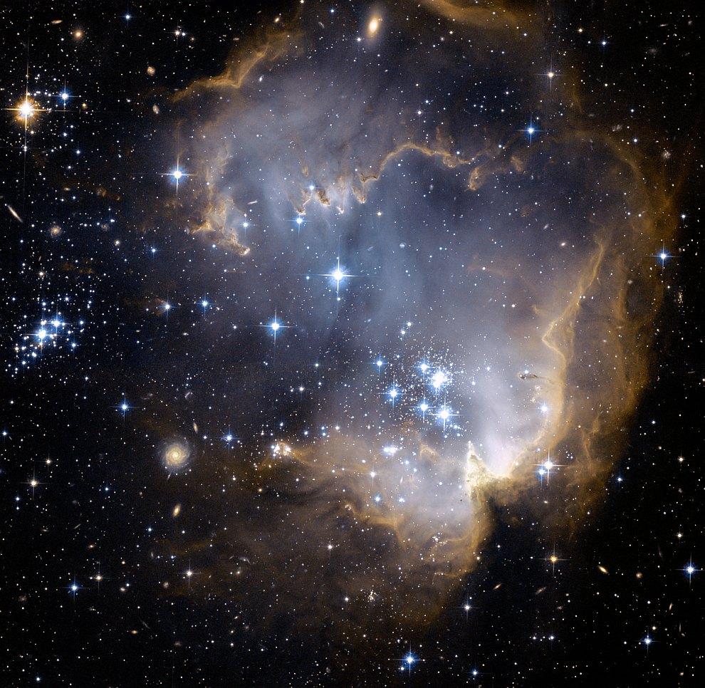 Туманность NGC 602