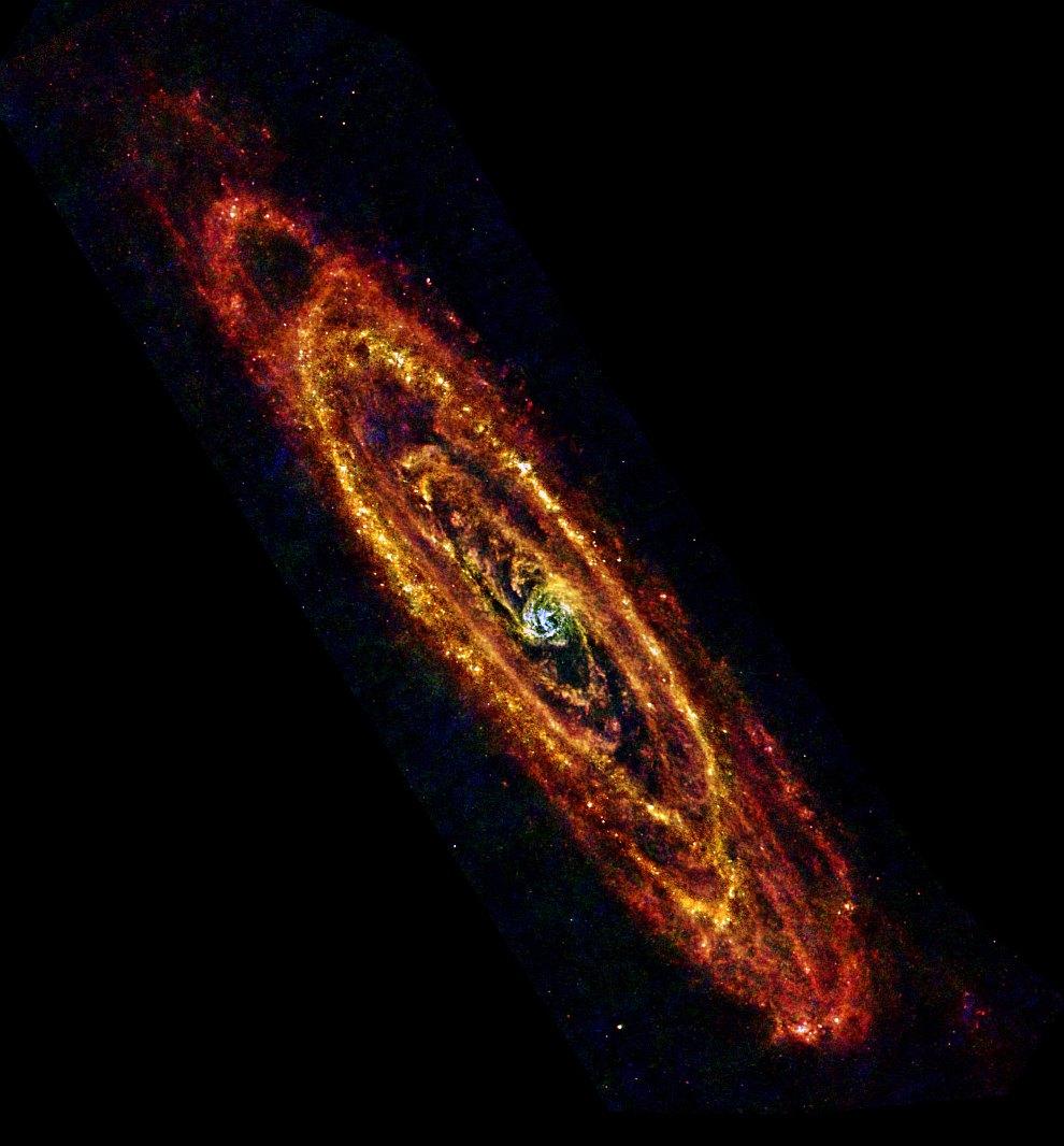 Инфракрасное изображение Андромеды