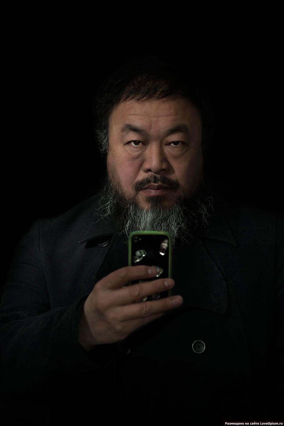 2-е место в категории «Люди» занял портрет малазийского фотографа, работающего для журнала Smithsonian