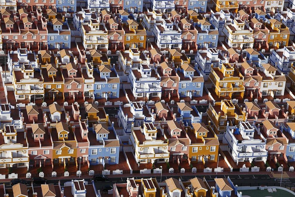 Город-призрак на побережье Испании
