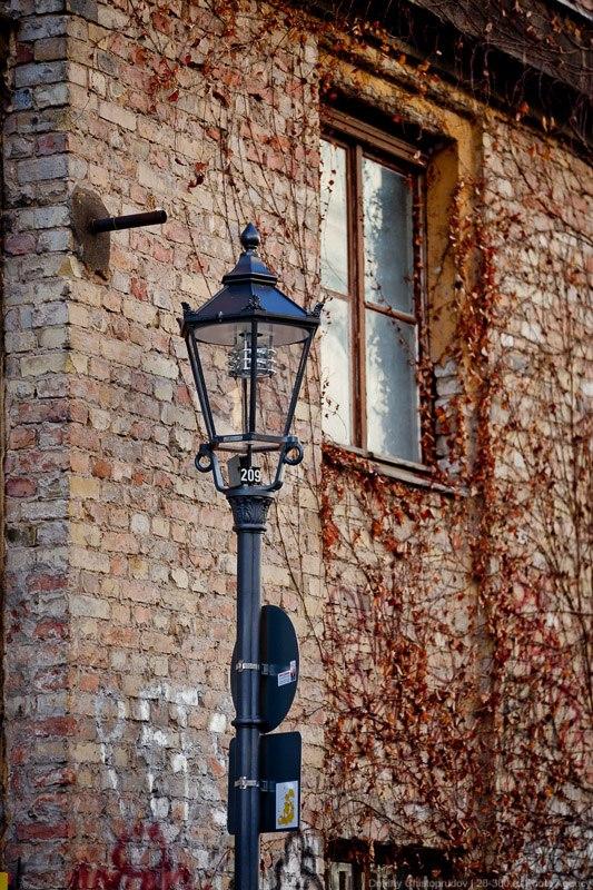 Красивый фонарный столб