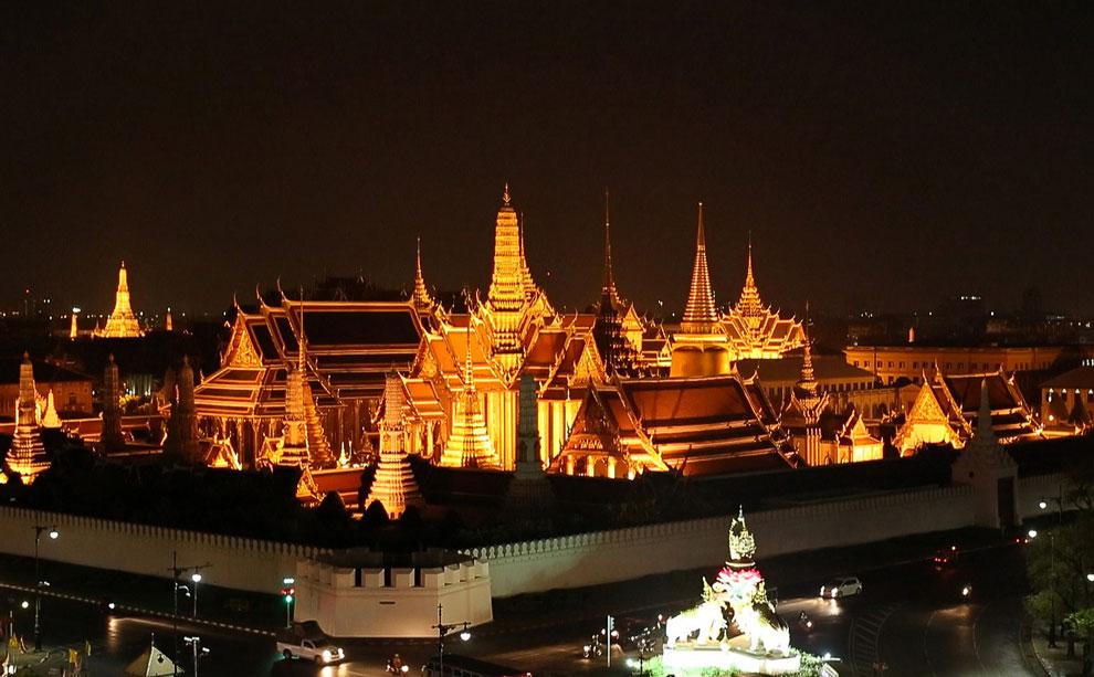 Королевский дворец в Бангкоке тоже присоединился а акции «Час Земли 2013»