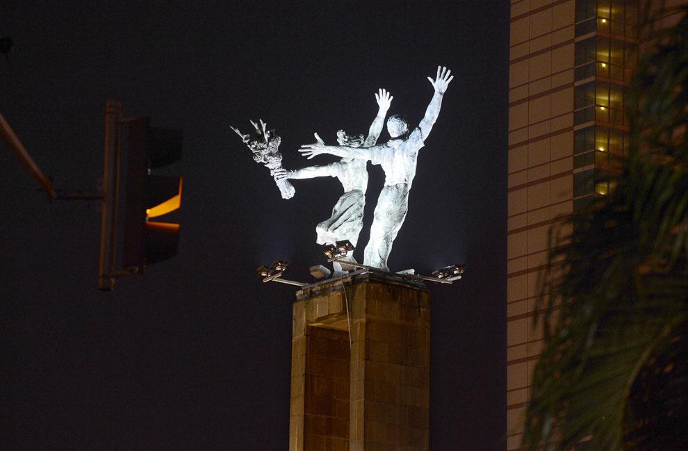 Памятник «Добро пожаловать в Джакарту»