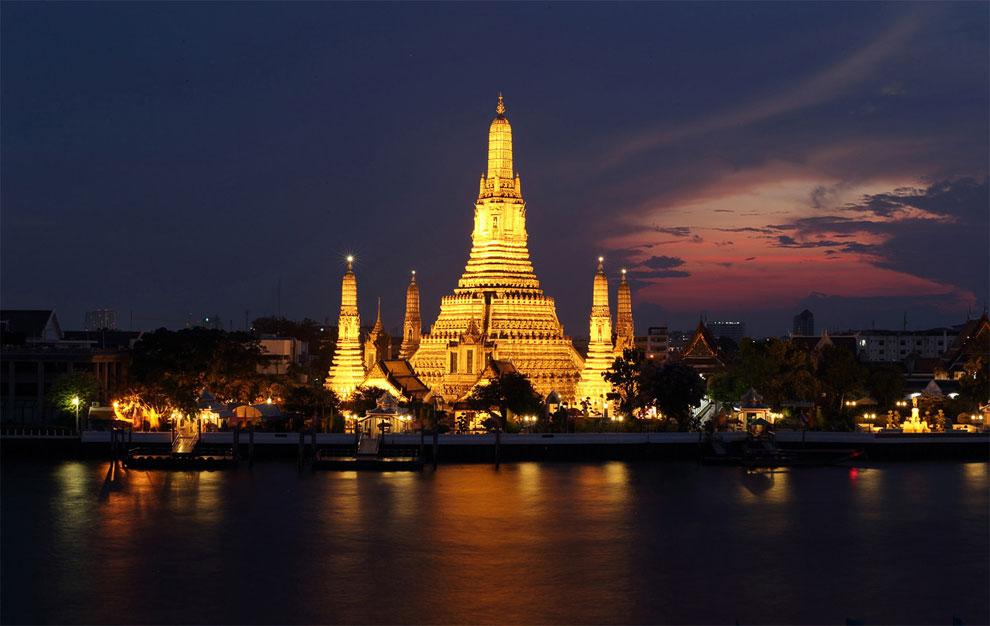 Ват Арун (Wat Arun) — храм рассвета в Бангкоке