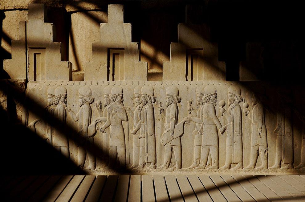 Персеполис — древний город в Иране