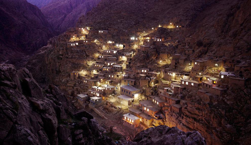 Деревня Паланган находится в горах недалеко от границы с Ираком