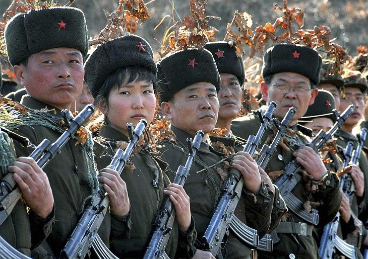 Солдаты Рабоче-Крестьянской Красной гвардии