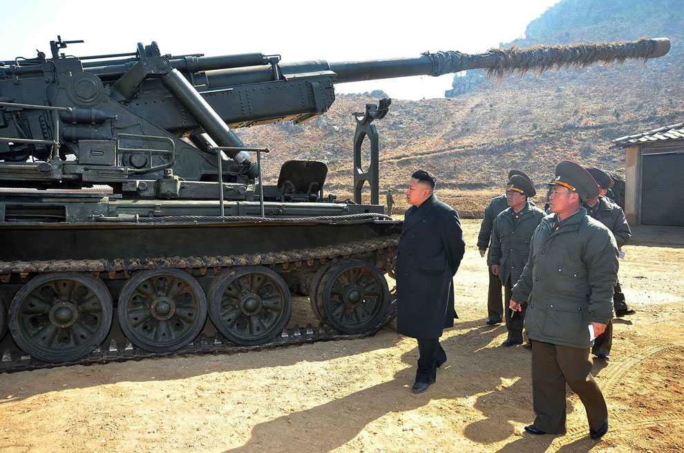 Ким Чен Ын в военной части