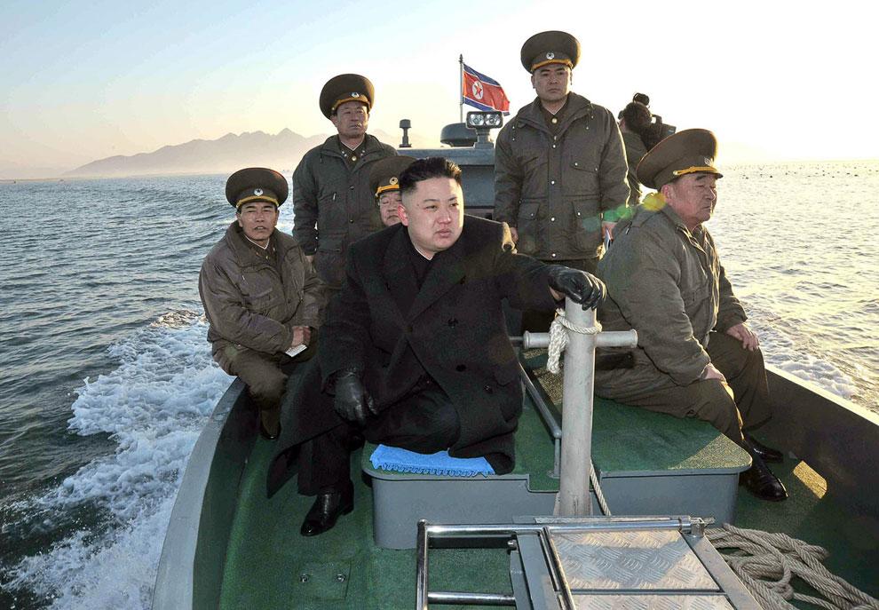 Лидер Северной Кореи Ким Чен Ын вблизи спорной морской границы с Южной Кореей