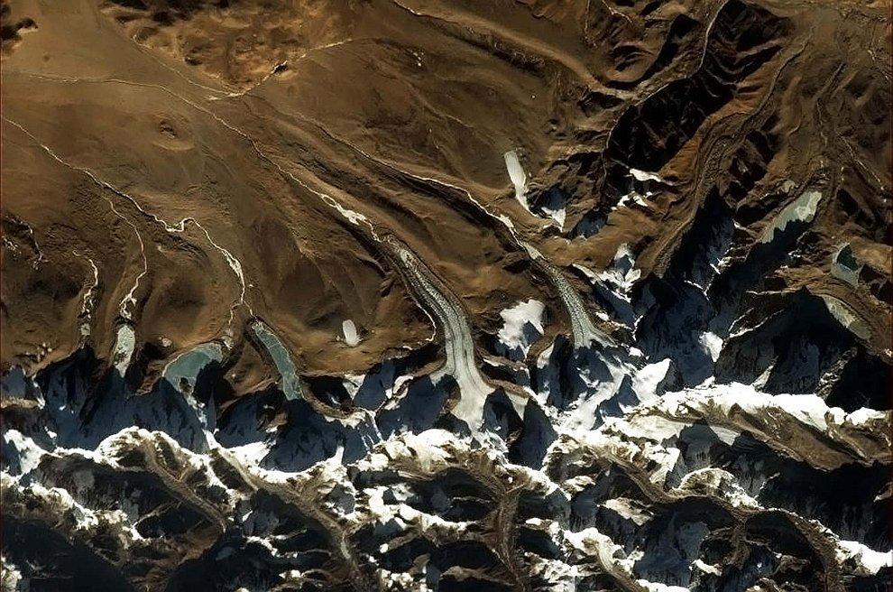 Языки ледников в Гималаях