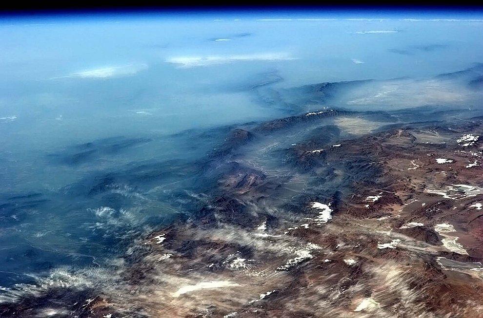 Анды, размытые холодным тихоокеанским туманом