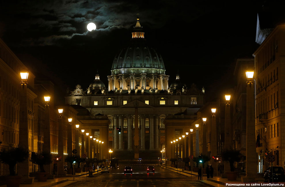 В ночь перед последней аудиенцией. Собор Святого Петра в Ватикане