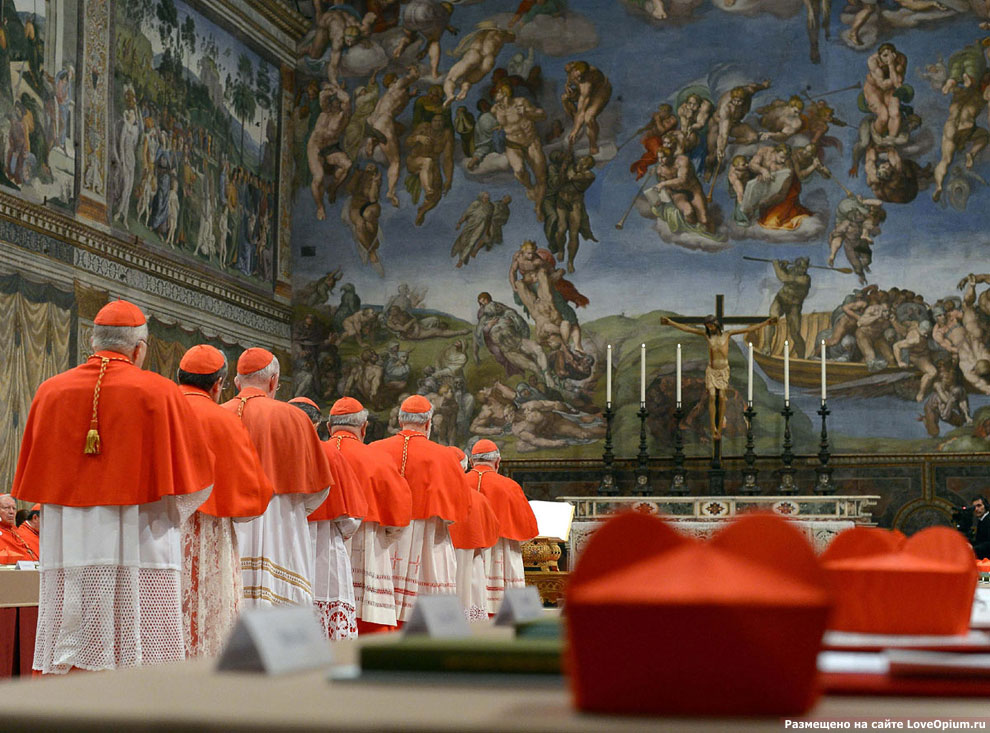 Кардиналы внутри Сикстинской капеллы, Ватикан