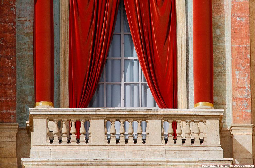 Центральный балкон собора Святого Павла называется Лоджией благословения