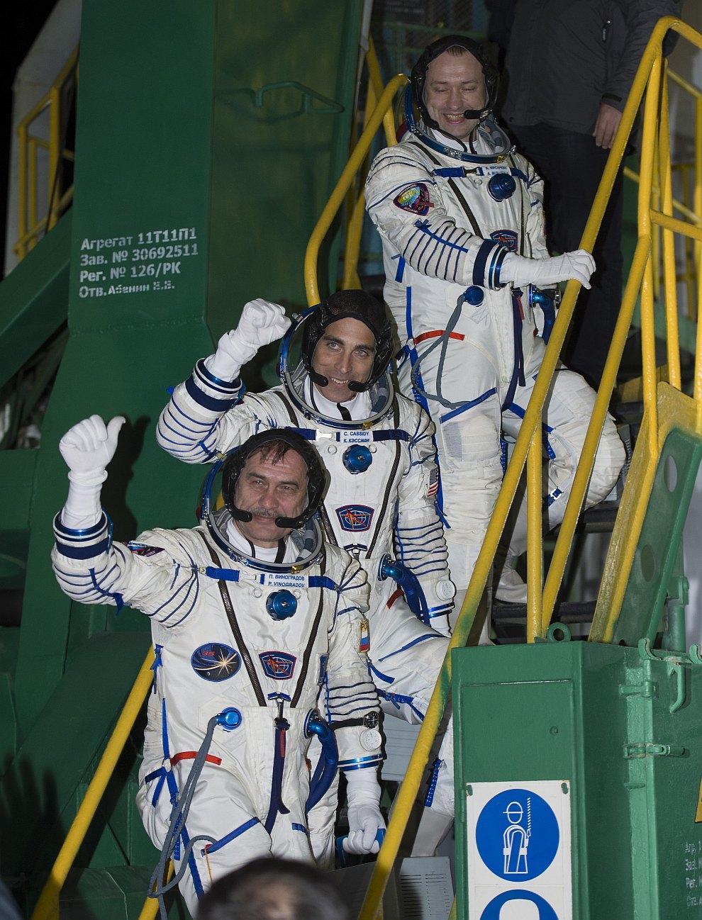 Посадка космонавтов в космический корабль
