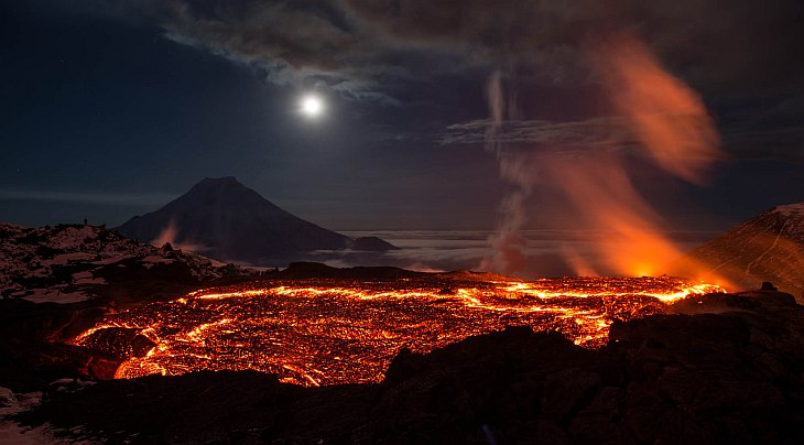 Извержение вулкана Толбачик на Камчатке
