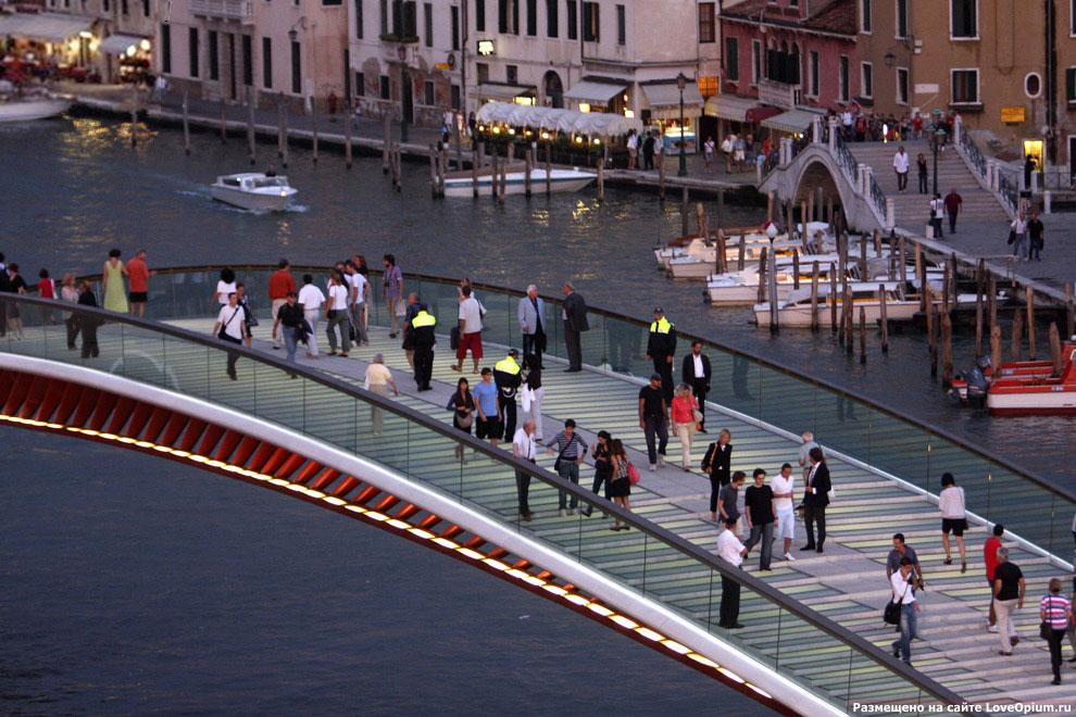 Мост Конституции в Венеции через Гранд-канал
