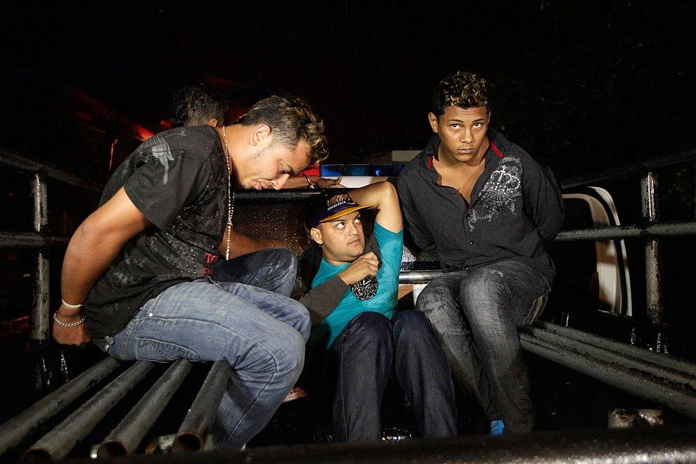Арестованные в ходе перестрелки с полицией, Сан-Педро-Сула, 27 марта 2013