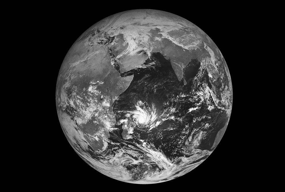 Фотография нашей Земли с метеорологического спутника ЕВМЕТСАТ