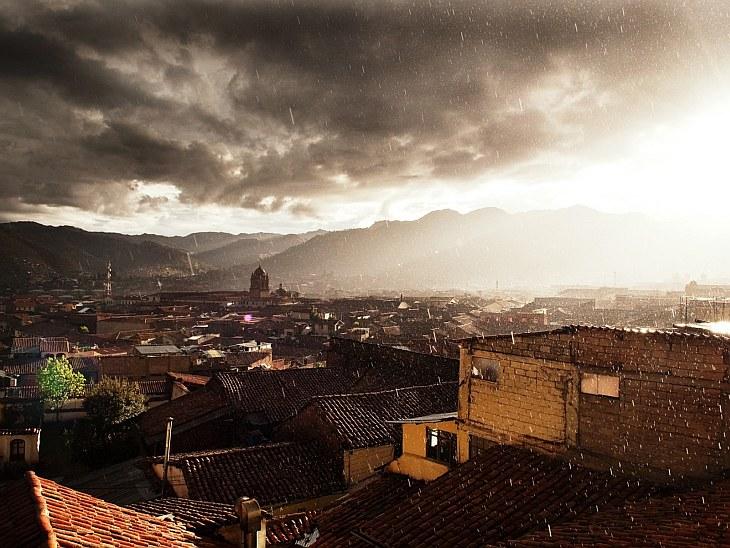 Ливень в Куско — городе на юго-западе Перу.