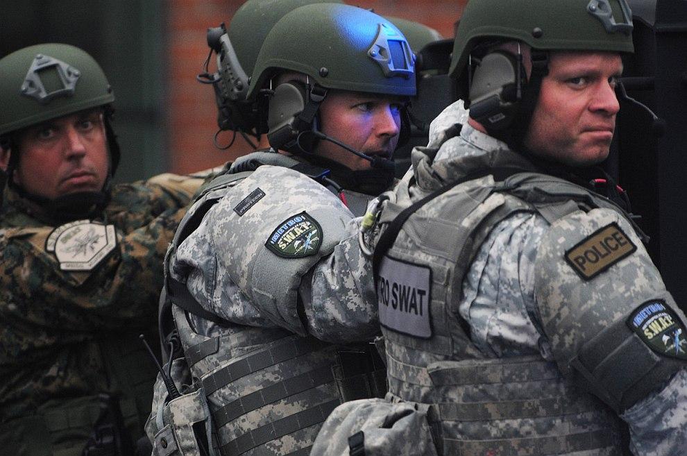 19 апреля полиция Бостона официально объявил в розыск Джохара Царнаева
