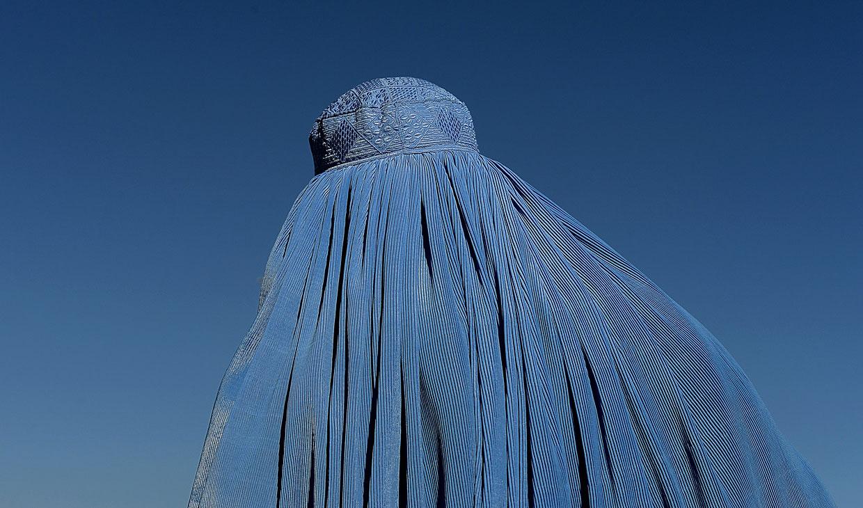 Женщина в Кабуле, Афганистан, 2 января 2013