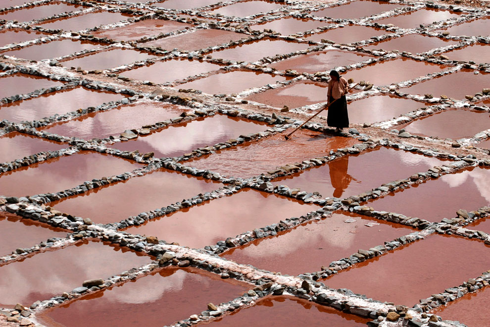 Фабрика по производству соли на северо-западе Китая в провинции Цинхай