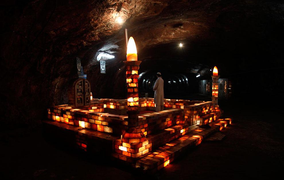 Соляная мечеть в Соляной шахте Хевра