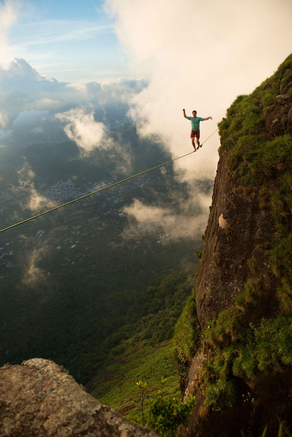 Экстремальные виды спорта: слэклайн над Рио