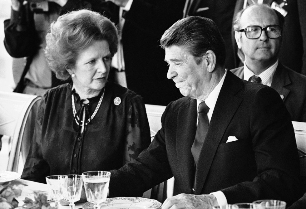 Тэтчер с президентом США Рональдом Рейганом на саммите в Версале