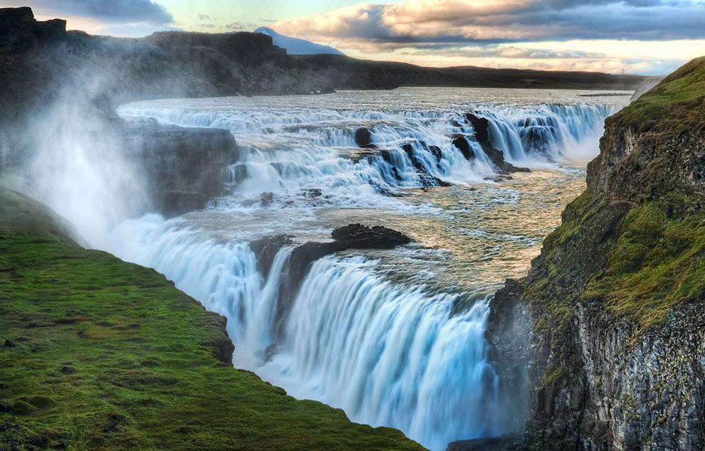 Гюдльфосс — «золотой водопад»